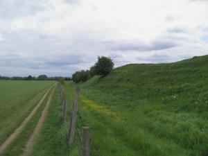 Dyke Hills